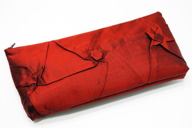 Silk-Origami-Inspired-Purse