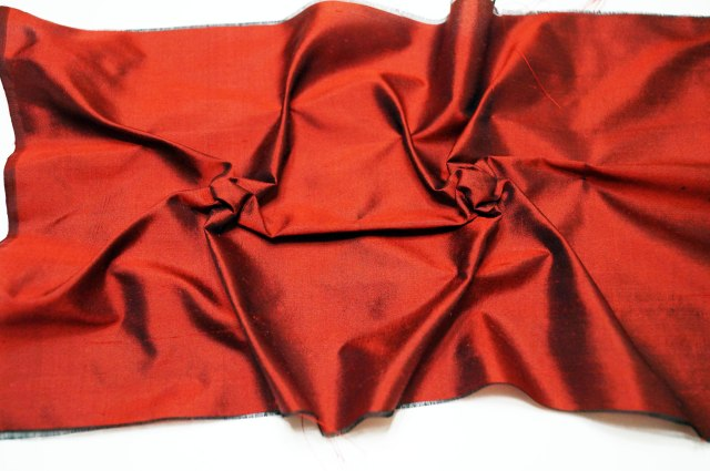 Silk-Purse-Front-Side-After-Tying-Threads